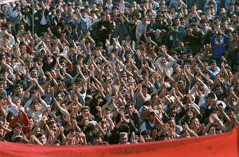 """Митинг """"Бирлик"""". Ташкет, площадь Ленина, 1 октября 1989 года."""