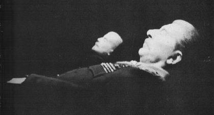 Ленин и Сталин в Мавзолее рядом.