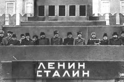 Борьба за власть началась еще при живом Сталине